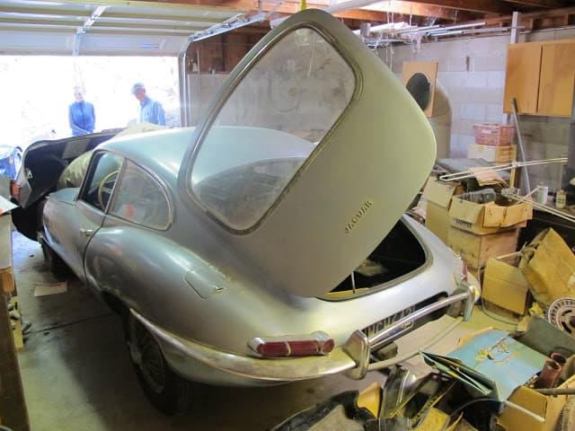 62 jag E type orig garage IMG_0548