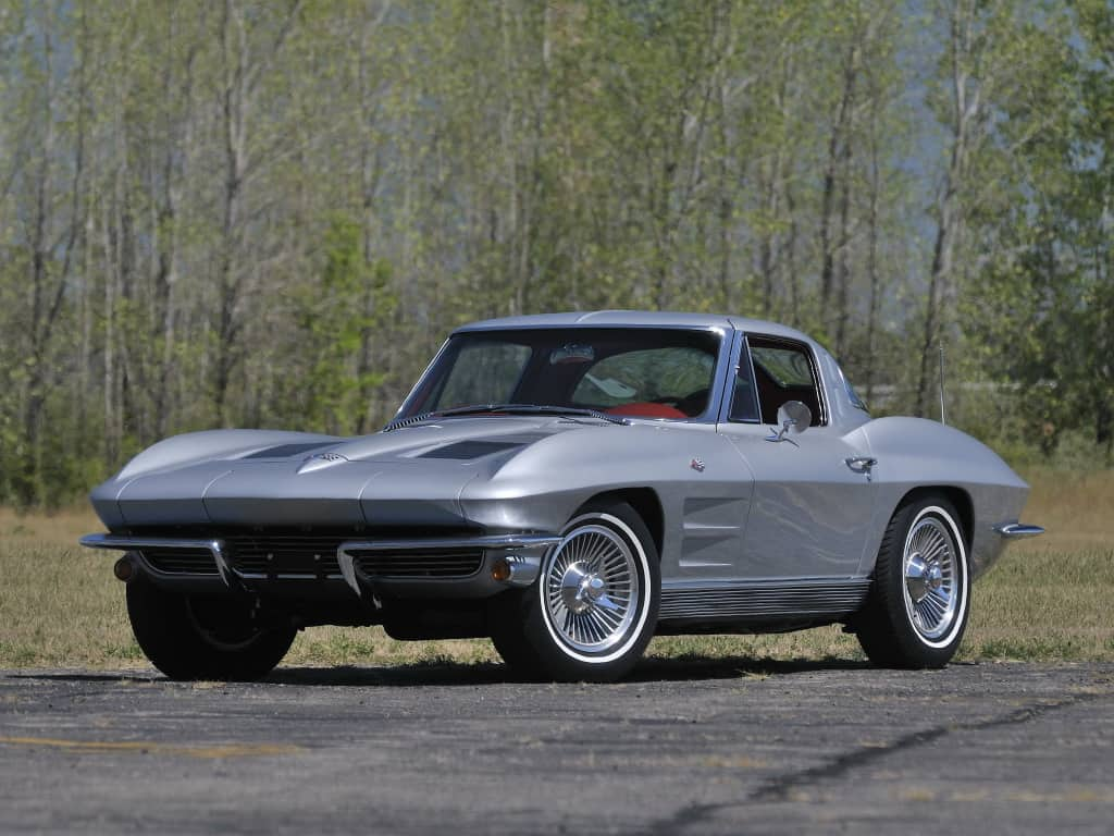 Chevrolet Corvette Sting Ray (C2